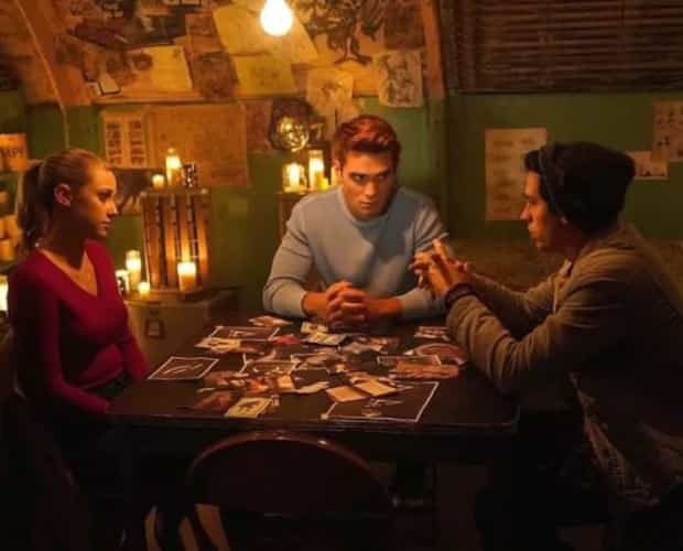 Image principale de l'article Une chanson du groupe Paupière dans Riverdale