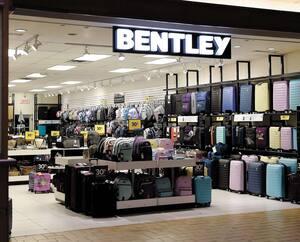 Bentley s'est placé à l'abri de ses créanciers il y a quelques jours. Premières fermetures : dès lundi. On ignore l'emplacement des boutiques qui disparaîtront ainsi que le nombre de personnes qui perdront leur emploi. Ci-haut, un magasin de la région de Québec.