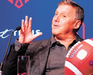 Le nouveau propriétaire des Alouettes, Gary Stern, a joué la carte de l'humour devant la presse montréalaise.