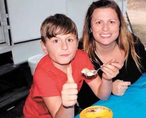 Nathalie Tremblay craint que la réalité des élèves comme son fils dyslexique Noah, 13ans, soit moins prise en considération dans les écoles avec la nouvelle loi 40.