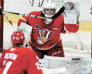 Deuxième étoile de la rencontre, le gardien de but de 16 ans Ventsislav Shingarov a stoppé 32 des 35 rondelles dirigées contre lui dans la défaite de 3-2 du Drakkar.