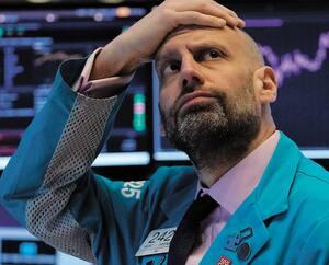 Meric Greenbaum, négociateur à la Bourse de New York, affichait son désarroi hier matin avant même l'ouverture des marchés. Et ça ne s'est pas amélioré pas la suite.
