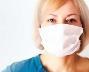 Selon la Fédération interprofessionnelle de la santé du Québec, plusieurs infirmières affirment être mal protégées pour affronter la crise du coronavirus qui sévit actuellement.