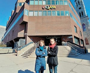 Les échanges étudiants de Margot François (à gauche) et deMarion Le Nabec, à l'UQAM, sont suspendus jusqu'à nouvel ordre.