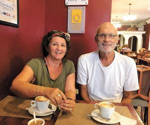 Gaston Courtemanche et sa conjointe, Wendy Sams en Équateur.