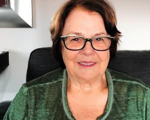 La Québécoise Marthe Dionne, âgée de 78 ans, tente de garder le moral même si elle ne peut aucunement sortir de son appartement de Barcelone, en Espagne, qui a décrété l'état d'urgence pour contrer la crise du coronavirus. Elle souhaite que les autorités l'aide à revenir au pays.