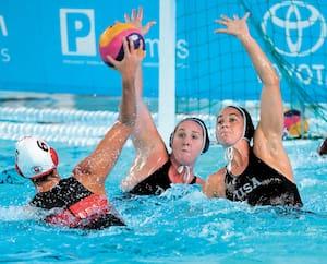 L'équipe canadienne en action contre les Américaines lors des Jeux panaméricains, à Lima, en 2019.