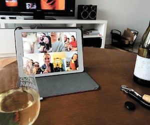 Notre journaliste Nicolas Lachance a organisé un rassemblement virtuel avec ses amis proches, vendredi dernier.