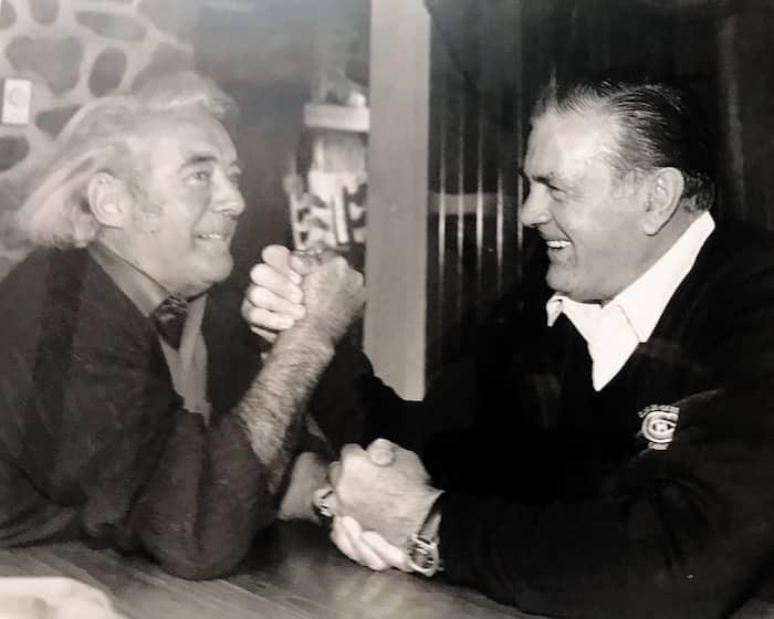 En octobre 1983, deux légendes, Félix Leclerc et Maurice Richard, se mesuraient dans un match amical de tir au poignet à l'île d'Orléans.