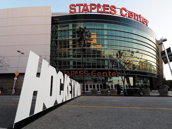 Pas moins de 39 événements ont été présentés au Staples Center après l'annonce du premier cas de COVID-19 à Los Angeles.