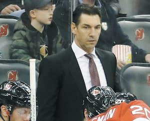 Le Montréalais Alain Nasreddine a présenté une fiche positive de 19-16-8 à la barre des Devils du New Jersey avant la suspension de la saison.