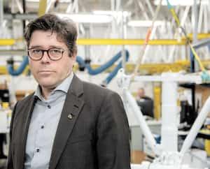 Martin Brassard, PDG d'Héroux-Devtek, dans une usine de la firme, à Longueuil.