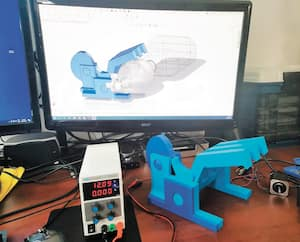 Ci-haut, l'automatisation d'un ventilateur manuel réalisé par ProtolabQuébec, grâce à des pièces imprimées 3D.