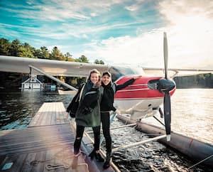 Julie Ringuette et Pascal Morrissette nous fontdécouvrir les plus beaux coins de notre pays dans l'émission<i>À nous 2 le Canada !</i>, diffusée sur la chaîne Évasion.