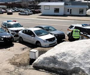 Une dame arrêtée dans Charlevoix
