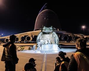 Nolinor proposait de reporter la paie de ses employésafin qu'ils touchentlaPrestation canadienne d'urgence (PCU) de 2000$. Un exemple flagrant de fraude, selon la ministre du Revenu, Diane Lebouthillier. Le transporteur arécemment utilisé le plusgros avion du monde, l'AntonovAN-225, pour acheminer des équipements médicaux achetés en Chine par le gouvernement du Québec.