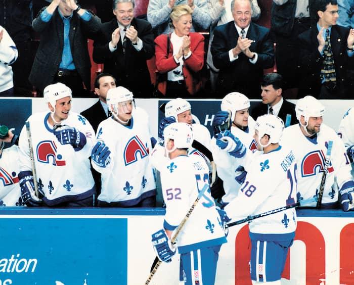 Le 6 mai 1995, les Nordiques célèbrent la victoire dans le premier match quart de finale contre les Rangers de New York au Colisée. Quelques semaines plus tard, l'équipe prenait la direction de Denver.