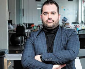 À la mi-avril, le PDG de l'entreprise Connect & Go, Dominic Gagnon, avait confié qu'il craignait perdre jusqu'à 75% de son chiffre d'affaires. Il estime aujourd'hui qu'il en ressortira plus fort.