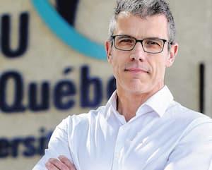 Le Dr Jean-Pierre Gagné, du CHU de Québec, invite les gens à ne pas hésiter à consulter malgré la COVID-19. «Les risques ont été réduits au minimum», assure-t-il.