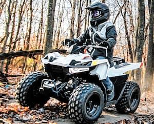 Le Outlaws 70 cc EFI de Polaris, à l'intention des enfants, vient de faire son apparition dans la gamme.