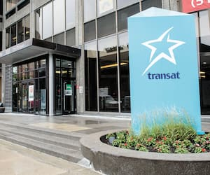 Devanture Air Transat