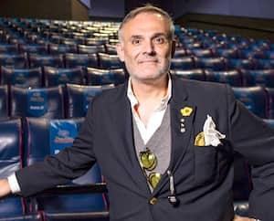 L'homme d'affaires Vincent Guzzo s'explique mal pourquoi les cinémas de Montréal et de Québec doivent fermer leurs portes pour 28 jours alors qu'aucun cas de COVID-19 n'y a été recensé.