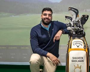Shauheen Nakhjavani s'est établi comme un entraîneur chevronné.