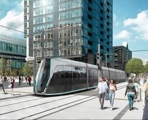 La Ville de Québec avait dévoilé en novembre dernier des images du prototype du tramway, qu'elle veut « intemporel et fluide ». Ici le tramway dans Saint-Roch.