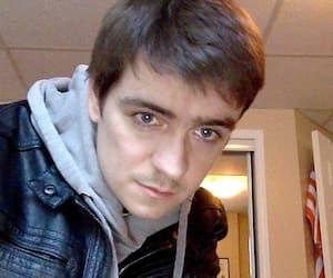 La Cour d'appel a abaissé de 40ans à 25ans la peine que devra purger le meurtrier de la mosquée de Québec, Alexandre Bissonnette, avant d'être admissible à une libération conditionnelle.