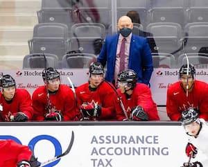 L'entraîneur-chef André Tourigny ne sait pas quand il pourra être à nouveau derrière le banc d'Équipe Canada junior.