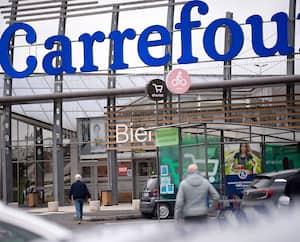 Le Groupe Carrefour compte plus de 300 000employés. Ici, un supermarché des environs de Nantes.