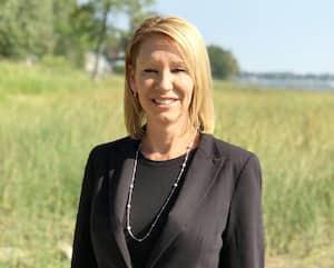 La mairesse de Pointe-Calumet, Sonia Fontaine, comparaît jusqu'à vendredi devant la Commission municipale du Québec.