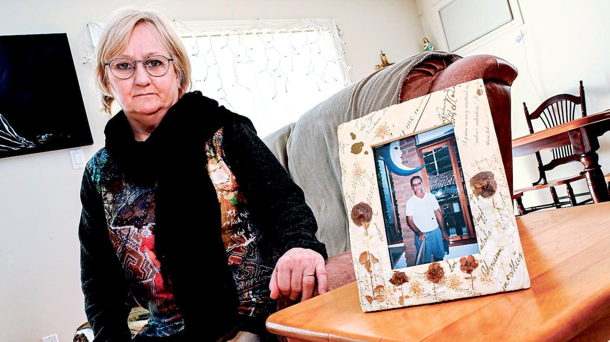 COVID-19: le mari d'une préposée tué par le virus qu'elle craignait - TVA Nouvelles