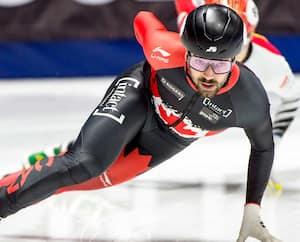 En 17participations au championnat mondial en carrière, Charles Hamelin a récolté 12médailles d'or, 14 d'argent et 10 de bronze.