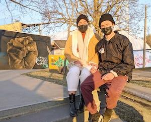 Veronique Larouche et Samuel Fortin couple port du masque dehors