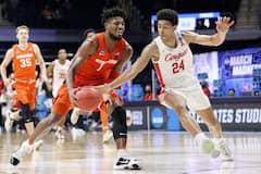 NCAA: Quincy Guerrier opte pour les Ducks