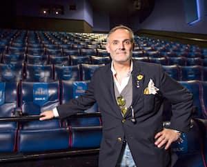 Même s'il devra s'abstenir de vendre du popcorn pendant les premiers jours, Vincent Guzzo recommencera à accueillir les cinéphiles dans ses salles à compter de vendredi.