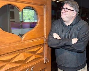Terry DiMonte animera sa dernière émission sur les ondes de CHOM, ce matin. Il avait commencé à la station montréalaise anglophone en novembre 1984.
