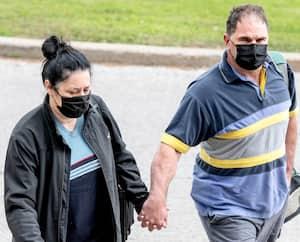 Marie-Josée Viau et Guy Dion à leur arrivée au Centre judiciaire Gouin, lundi.