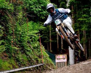 Le Québécois Tristan Lemire en qualifications de l'épreuve de descente de vélo de montagne enCoupe du monde à Leogang, enAutriche, du 10au 12juin 2021.