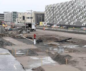 Le réaménagement du boulevard Hochelaga est l'un des chantiers majeurs de Québec cet été. Ce projet, évalué à 61,7M$, vise entre autres à élargir la chaussée et à refaire les conduites d'eau et d'égouts. La fin des travaux est prévue l'an prochain.