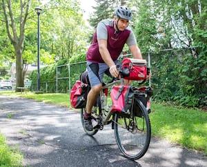 Dominic Labonté s'est longtemps entraîné pour être fin prêt à parcourir des milliers de kilomètres à vélo cet été.