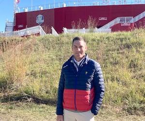Avant d'aboutir dans la direction de la PGA d'Amérique qui organise le tournoi de la Coupe Ryder, John Denver a œuvré durant deux ans chez les Expos de Montréal, en 2003 et 2004.