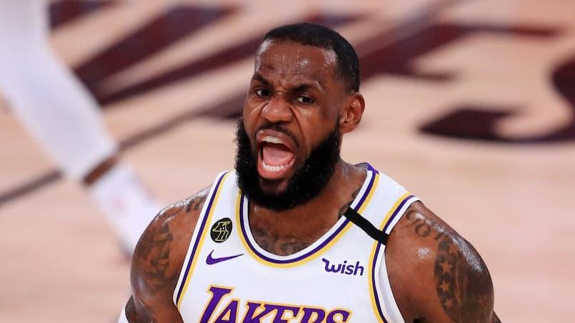 Les Lakers éliminent les Rockets