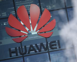 FILES-BRITAIN-CHINA-US-TELECOMS-IT-MOBILE-VODAFONE-5G-HUAWEI