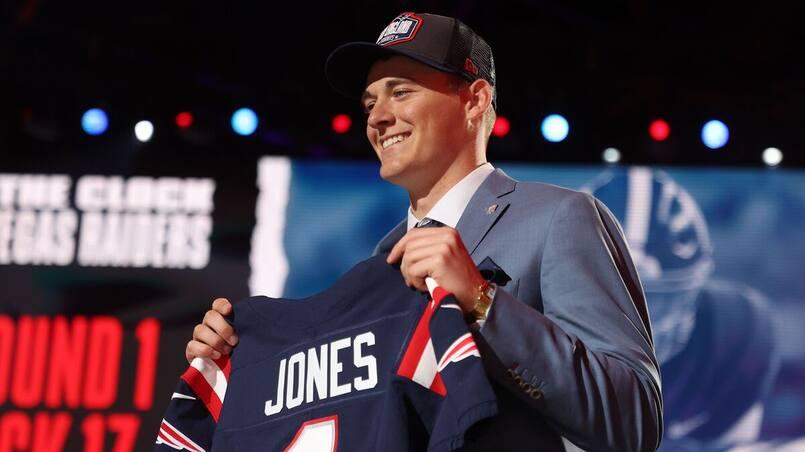 Les Patriots seront patients avec le quart Mac Jones
