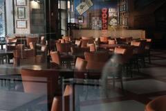COVID-19: les bars et restaurants veulent rouvrir pour les personnes vaccinées