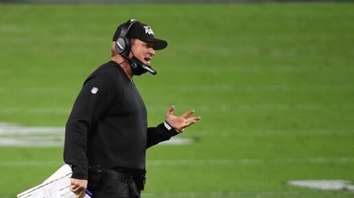 NFL : un entraîneur ayant eu la COVID-19 ne couvrait pas son visage