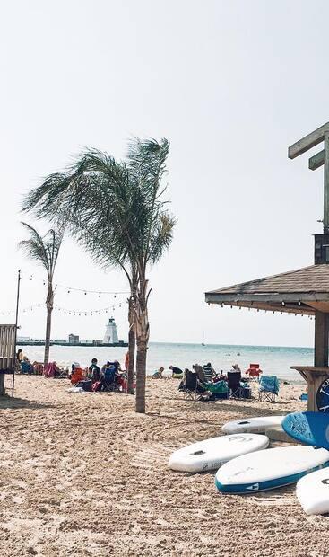 Image principale de l'article Une plage en Ontario aux allures d'un tout inclus