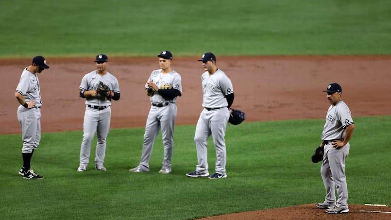 MLB : un arbitre expulse des préposés au terrain